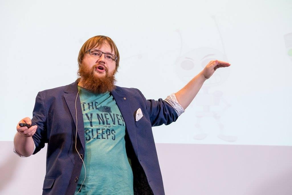 Андрій Лісточкін на JS frameworks day 2016