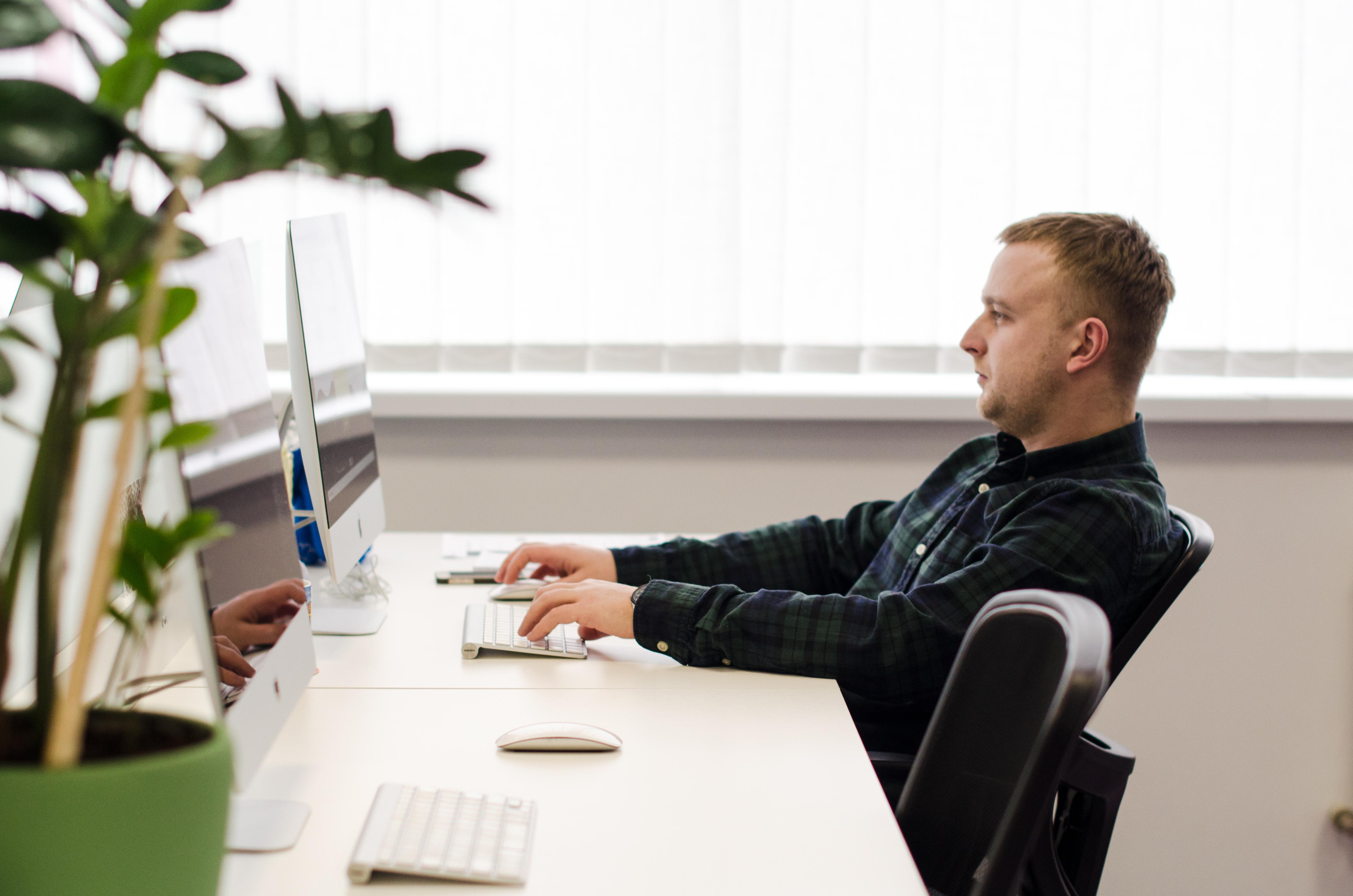 Андрій - випукник курсу програмування front end